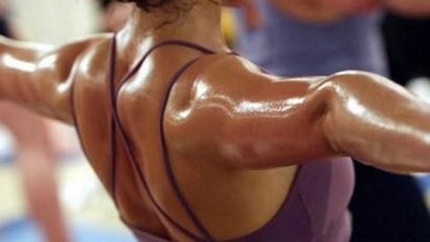 donna sudata aprilia fitness
